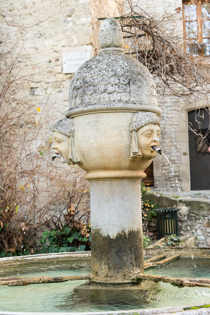 fontaine-vaison-2